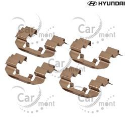 Zestaw montażowy klocków hamulcowych - Hyundai Galloper 2.5TD 3.0 - 58144-M1000 - Oryginał